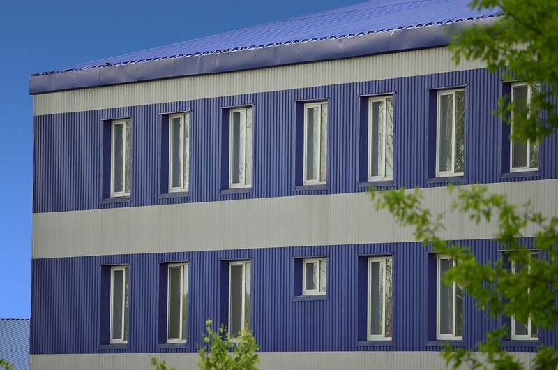 Фасад з профнастила